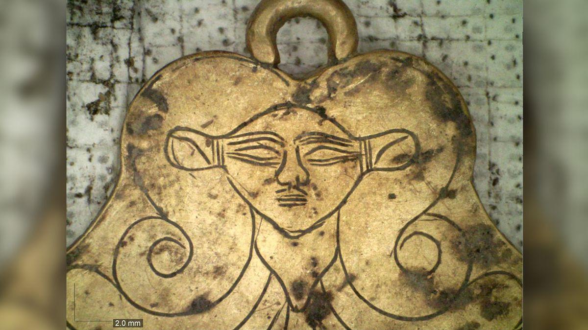 V Řecku odkryli královské hrobky. Přinesly další důkaz o kontaktu antických civilizací