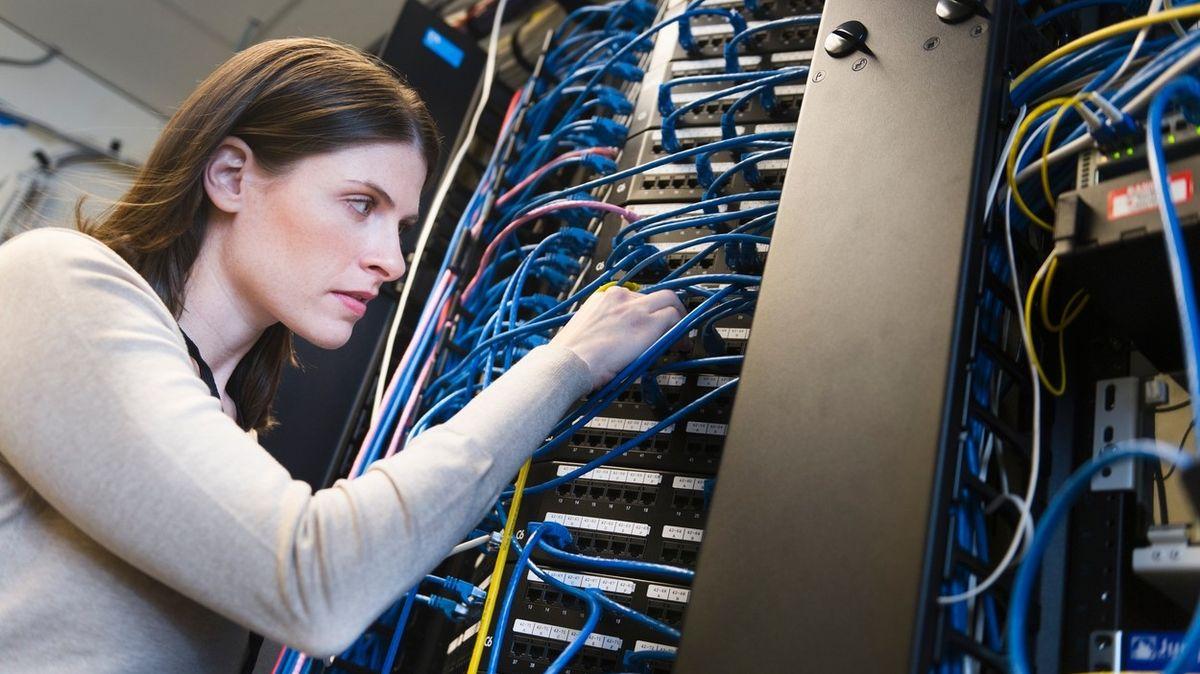 Ženy jsou v IT výjimkou. Drtivá většina společností zaměstnává muže