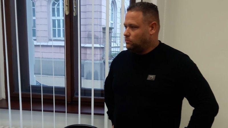 Fotbalista Limberský si ode mne půjčoval statisíce na hazard, tvrdí obžalovaný z podvodu