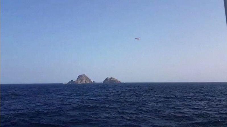 Vrtulník se zřítil do moře i se zachráněným rybářem