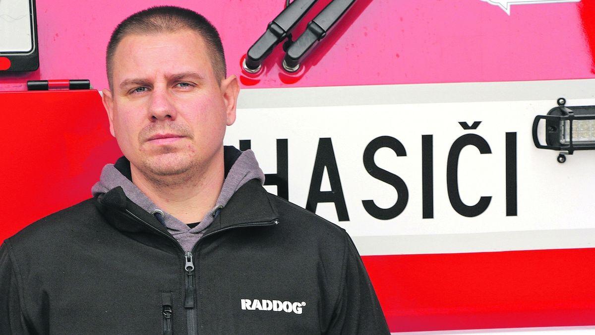 Pavel vděčí za svůj život pohotovému hasiči odnaproti
