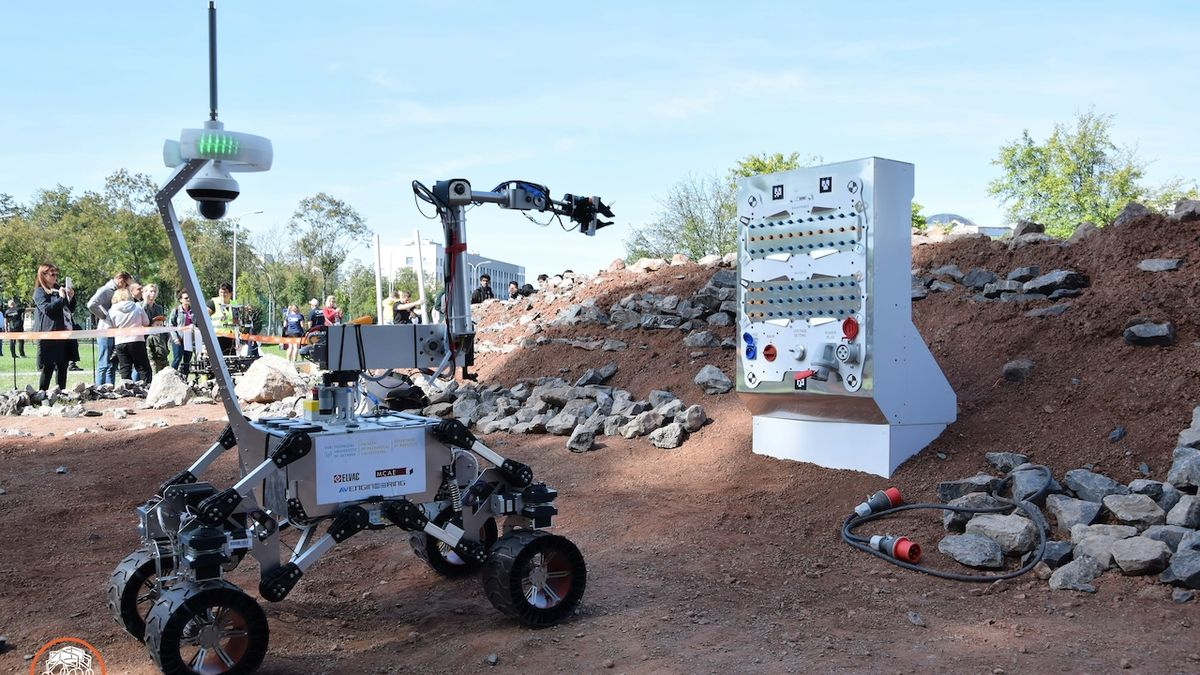 Ostravští studenti získali v Polsku za svého robota bronz