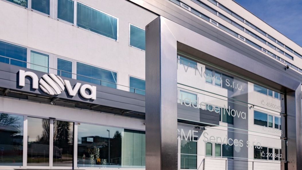 Zisk majitele televize Nova stoupl na 963 milionů korun