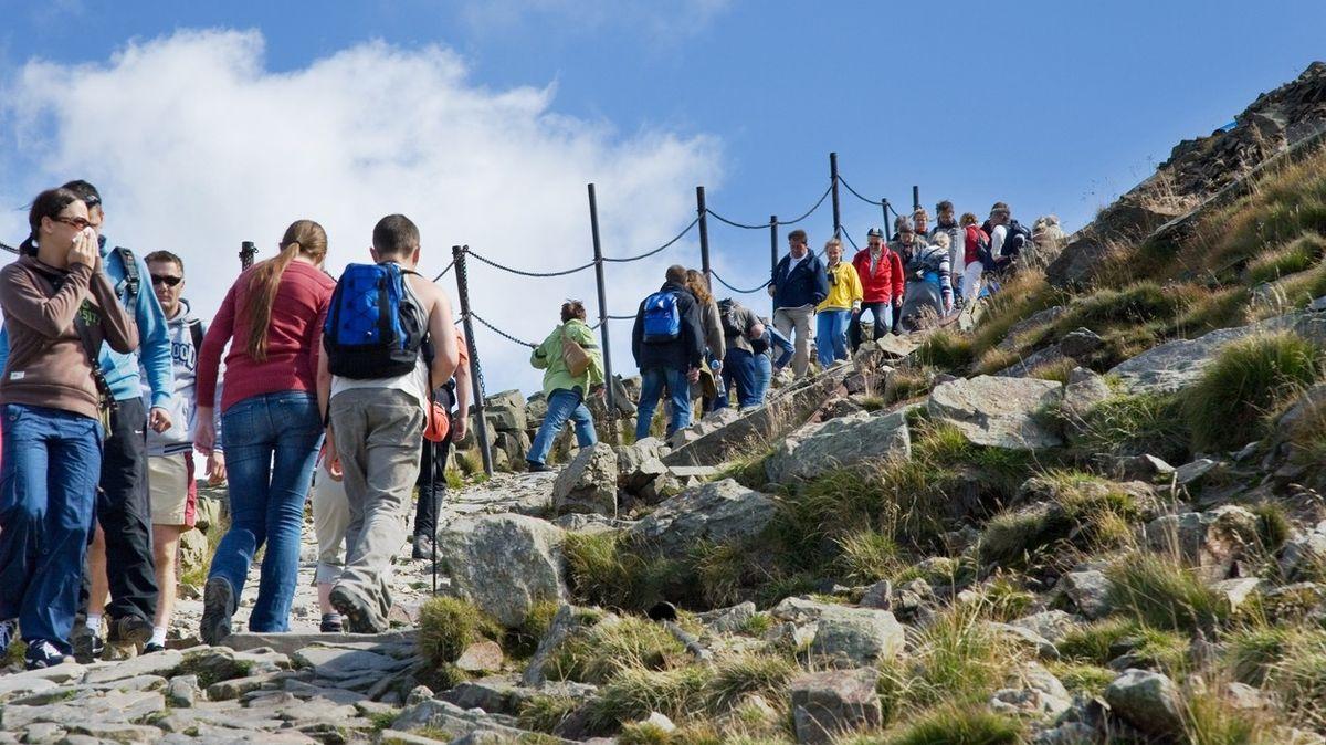 Krkonoše úpí pod náporem turistů