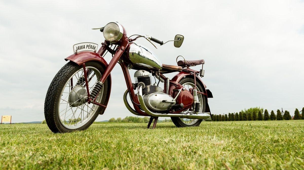 První motocykl Jawa se představil přesně před 90 lety