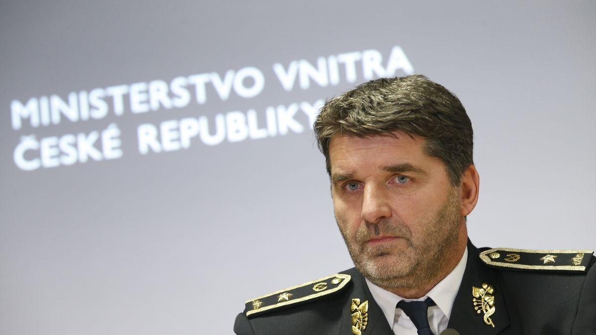 Pomoc s trasováním jsme nabízeli už na jaře, připomíná policejní prezident Švejdar