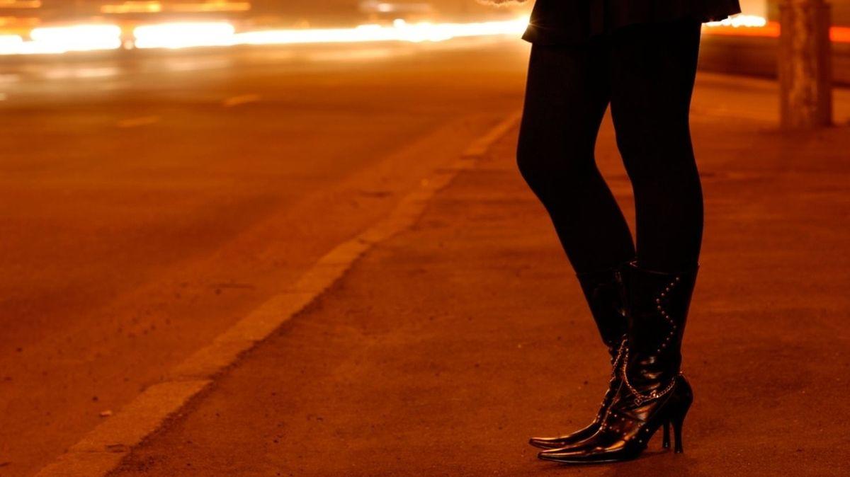 Obří pražský nevěstinec hrozil prostitucí v ulicích