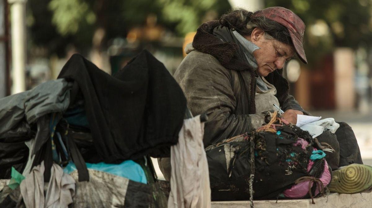 V Česku je kolem 24 000 bezdomovců, polovina přežívá na ulici