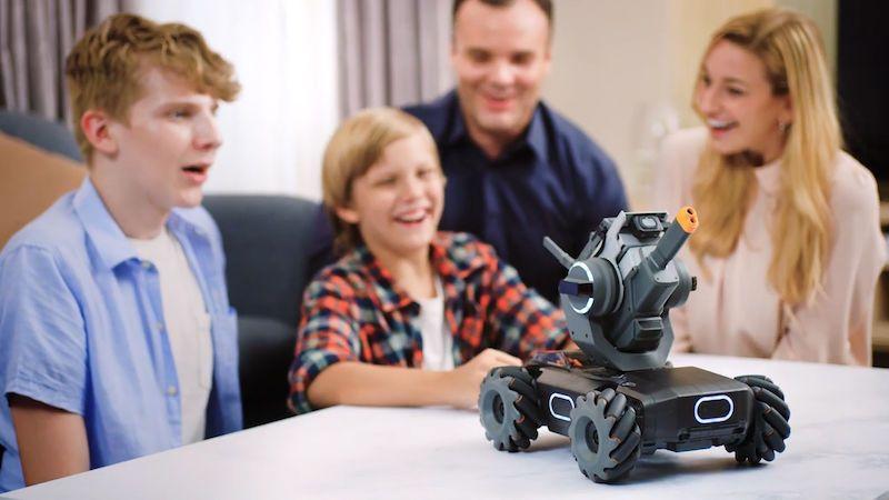 Vypadá jako dětská hračka, ve skutečnosti je to sofistikovaný robot