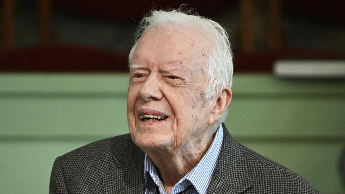 Bývalý americký prezident Carter s manželkou oslavili 75. výročí svatby