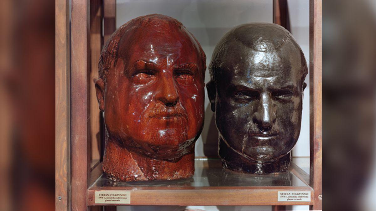 Jasanský, Polák a Karny v bustovém háji