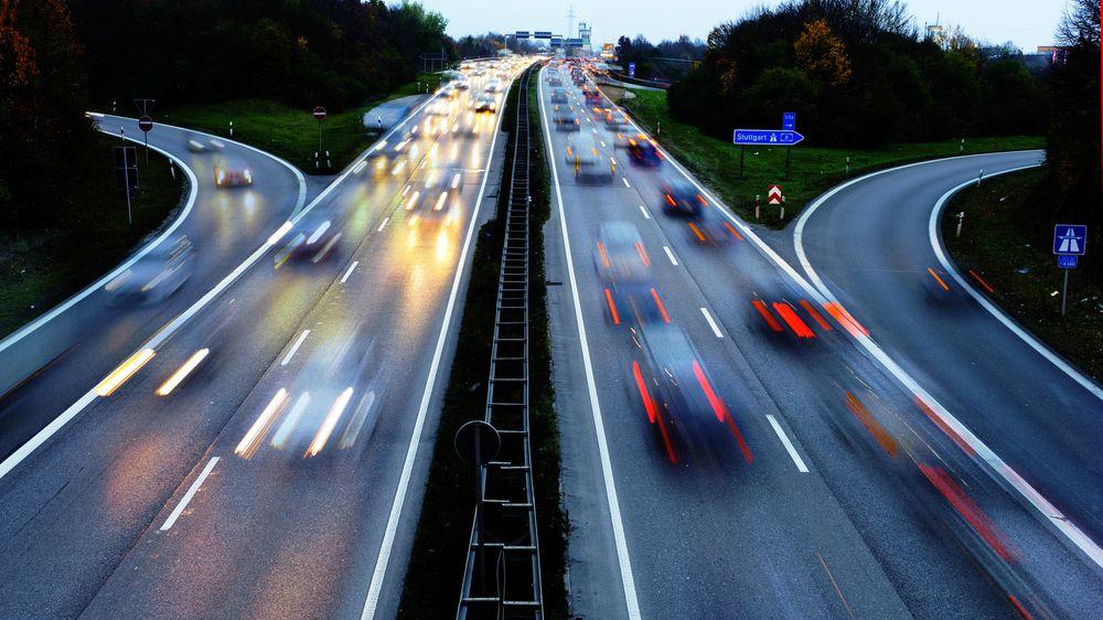 Na německých dálnicích nadále neomezenou rychlostí, Zelení s návrhem neuspěli