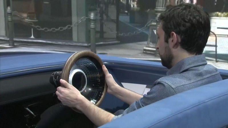 Je tohle skutečná budoucnost autonomní jízdy? Přístup Hondy řidiči nebere kontrolu