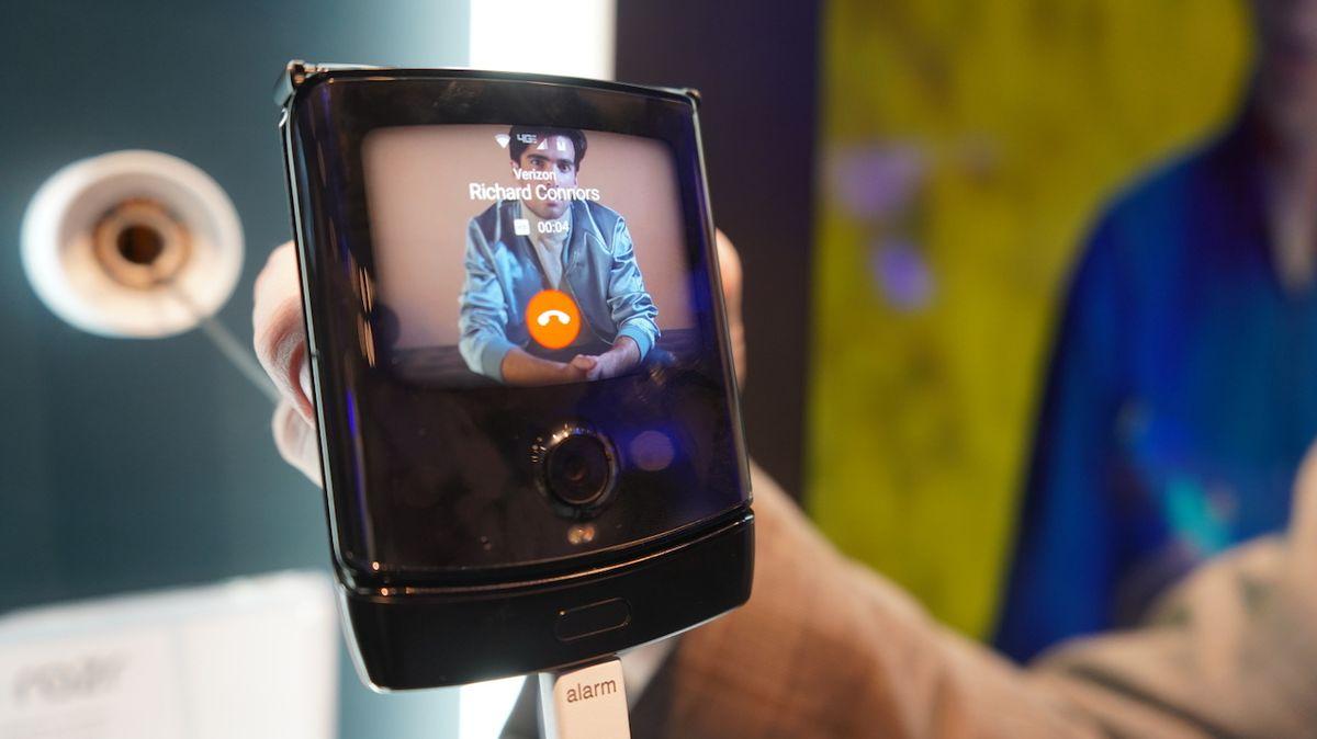 Budoucnost elektroniky patří ohebným displejům