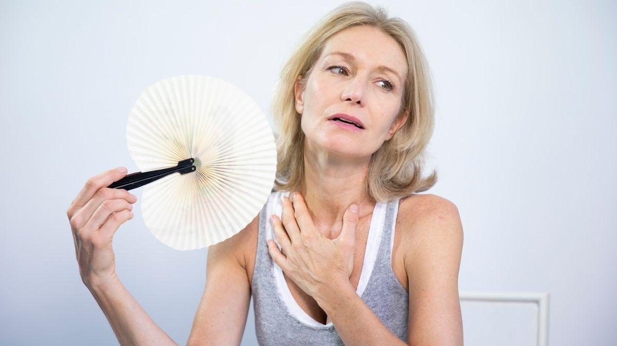 Menopauza u žen nastává dříve, pokud si delší čas nedopřávají intimnosti