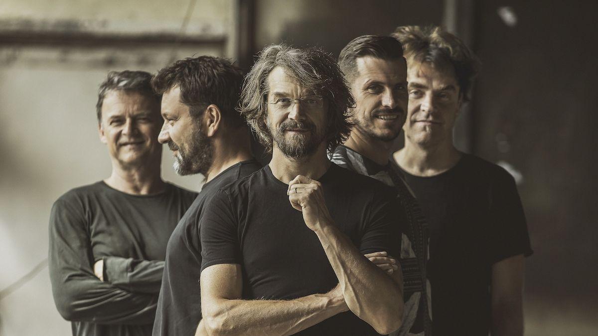 Album i turné v březnu, hlásí Dan Bárta