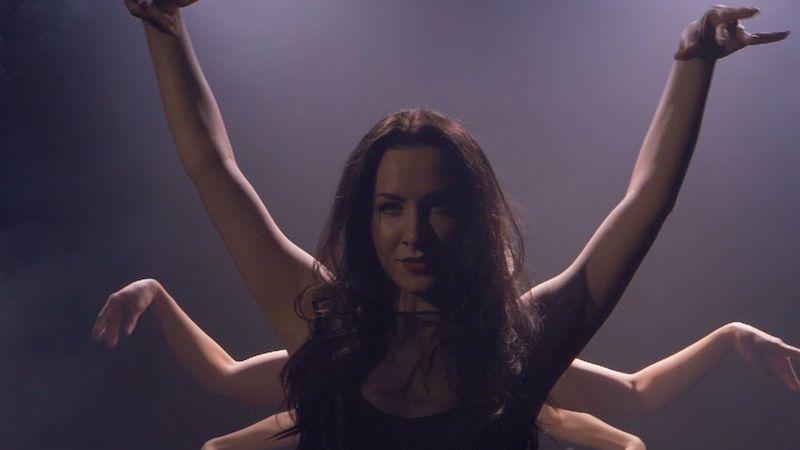 Lara Morr přichází se skladbou o potřebě být múzou