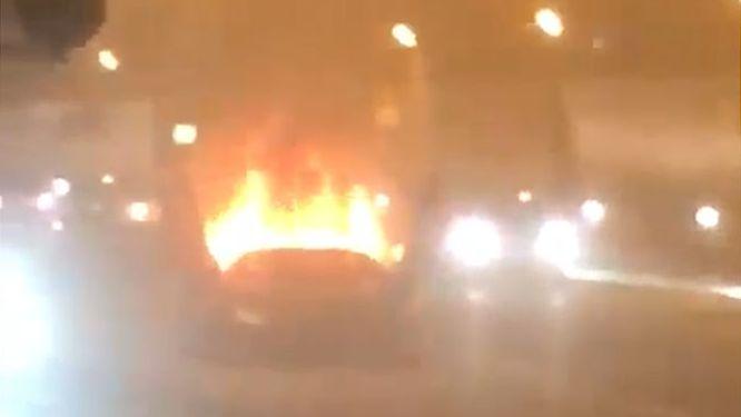 Tunel Blanka zablokoval požár, luxusní auto shořelo na popel