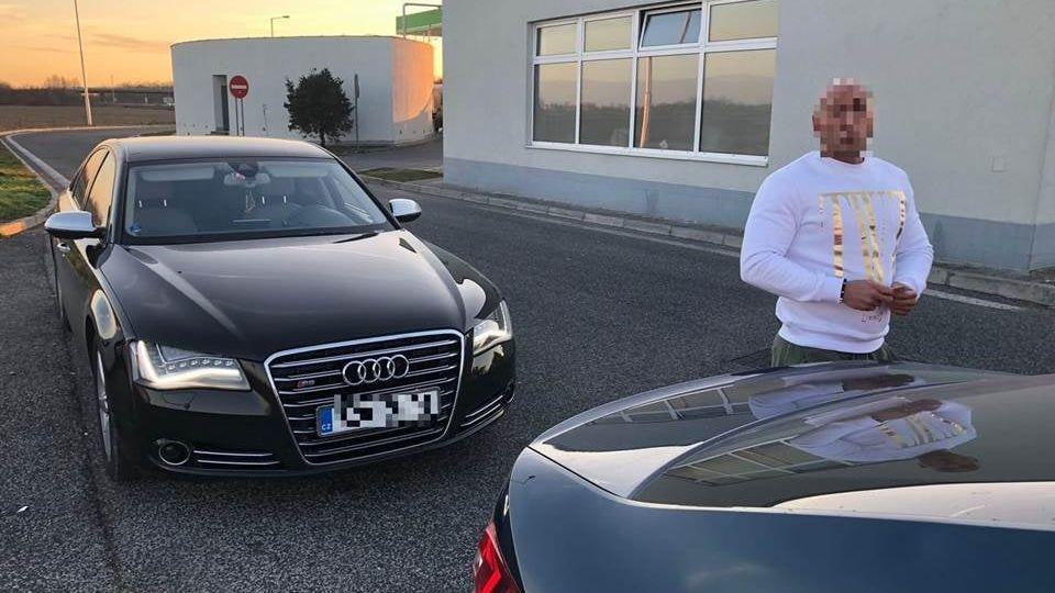 Audi s českou značkou jelo na Slovensku 213 km v hodině