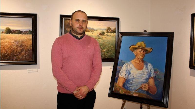 Vklatovské galerii visí přes sto děl Vladimíra Levory, umělce, který se zasloužil ojejí zrod