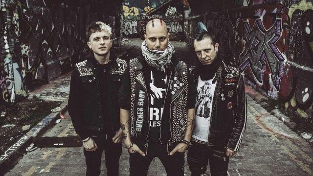 Londýnské trio The Restarts se drží přímočarého punku