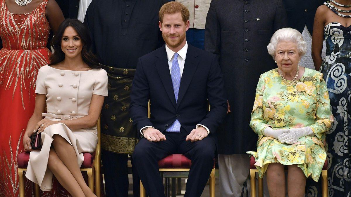 Princ Harry a jeho choť Meghan již nebudou královské výsosti, přijdou i o peníze