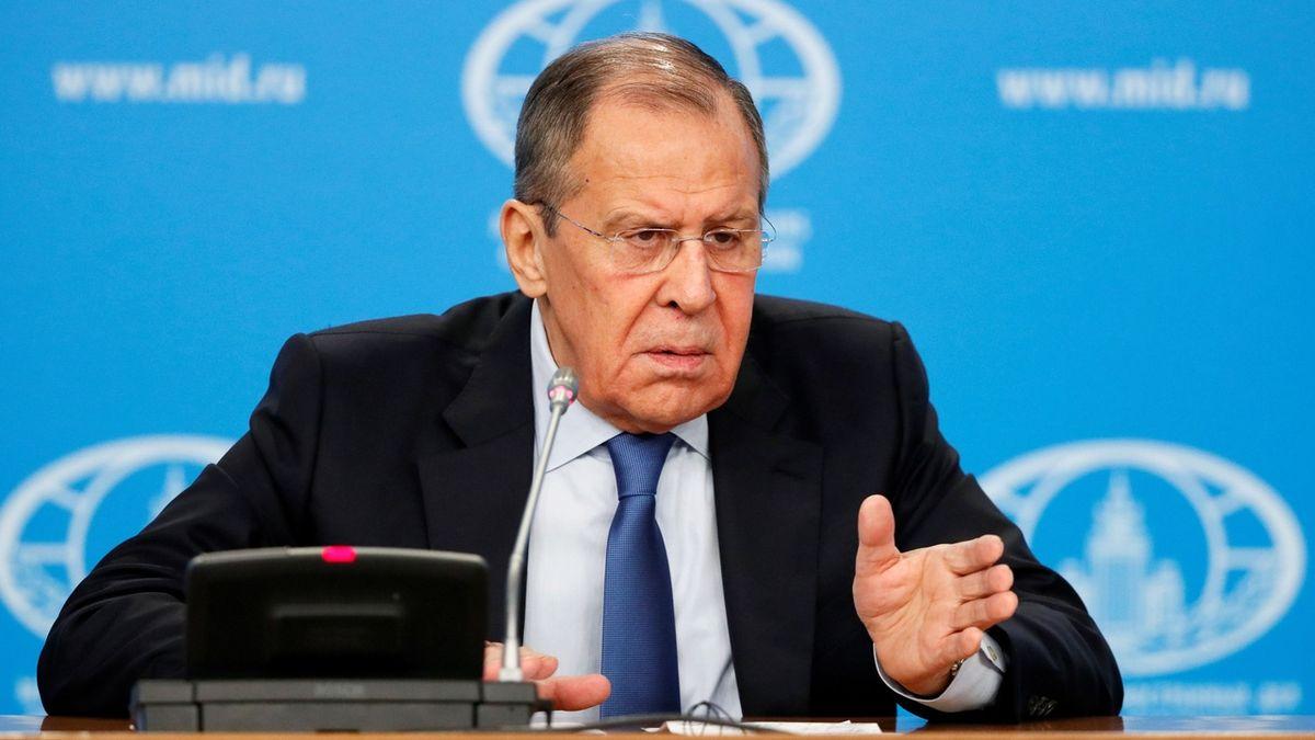 Rusko utnulo spolupráci s NATO