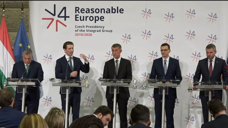 Premiéři V4 a Rakouska jednali v Praze o energetice i migraci