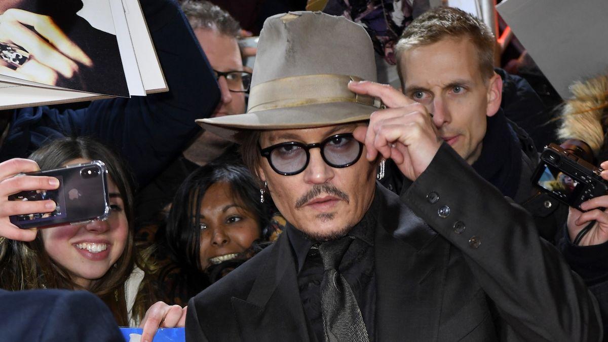 Berlinale přivítalo Johnnyho Deppa i Billa Nighyho