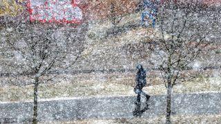 Sever republiky zasype sníh, varovali meteorologové