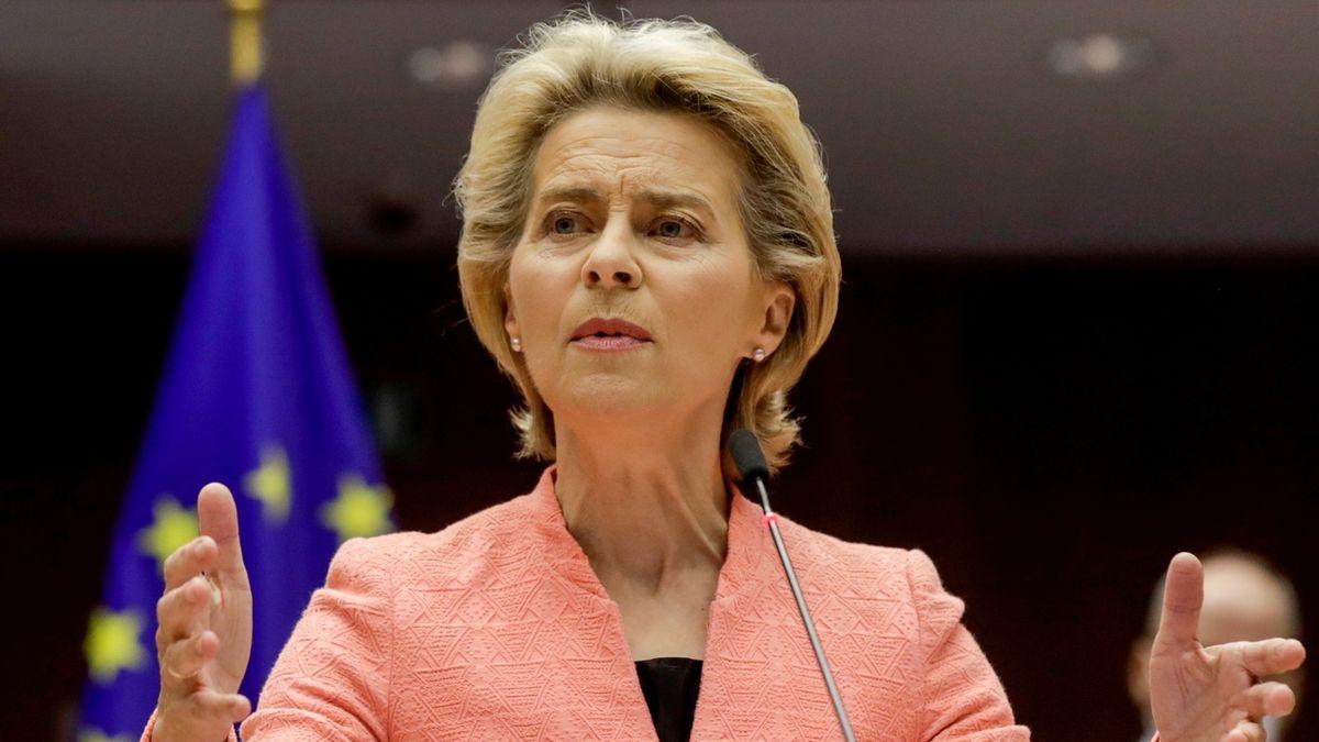 Evropská komise vydává debakl s vakcínami za rafinované vyjednávání, kritizuje Focus