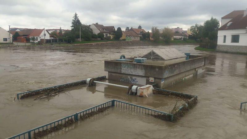 Moravou protéká padesátiletá voda