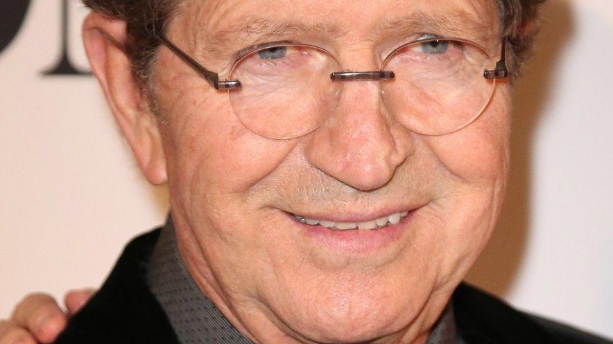 Zemřel zpěvák Mac Davis, který napsal velké hity pro Elvise