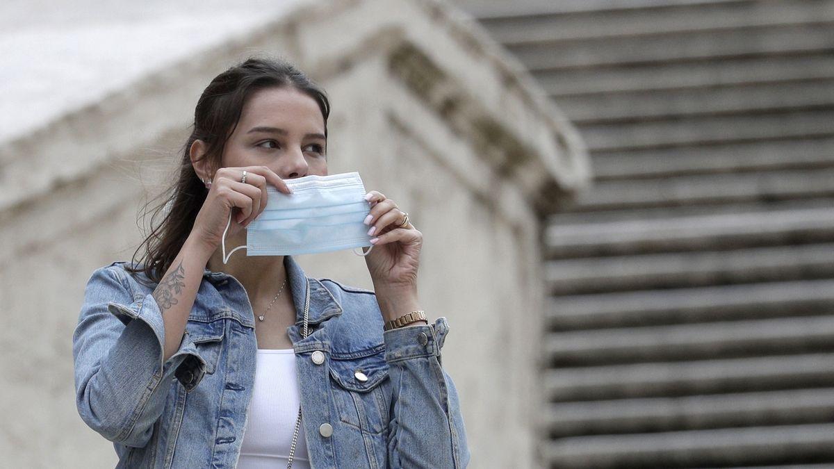 Svět čelí nové recyklační výzvě, hromadám roušek