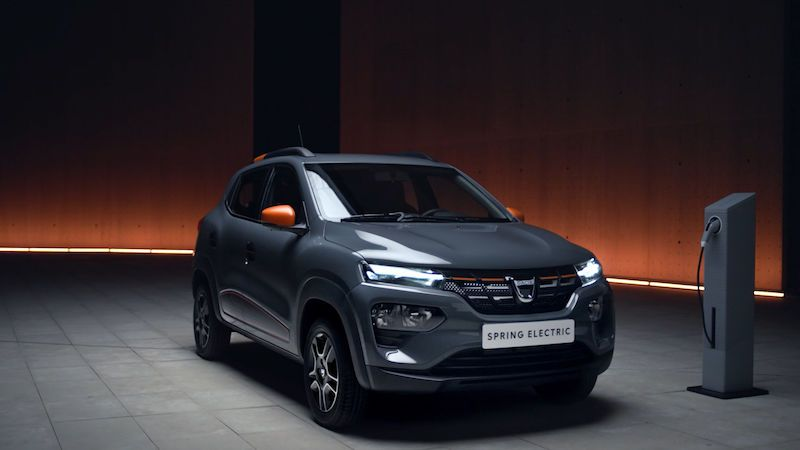 Dacia Spring slibuje dostupnější elektromobilitu, první ceny tomu odpovídají