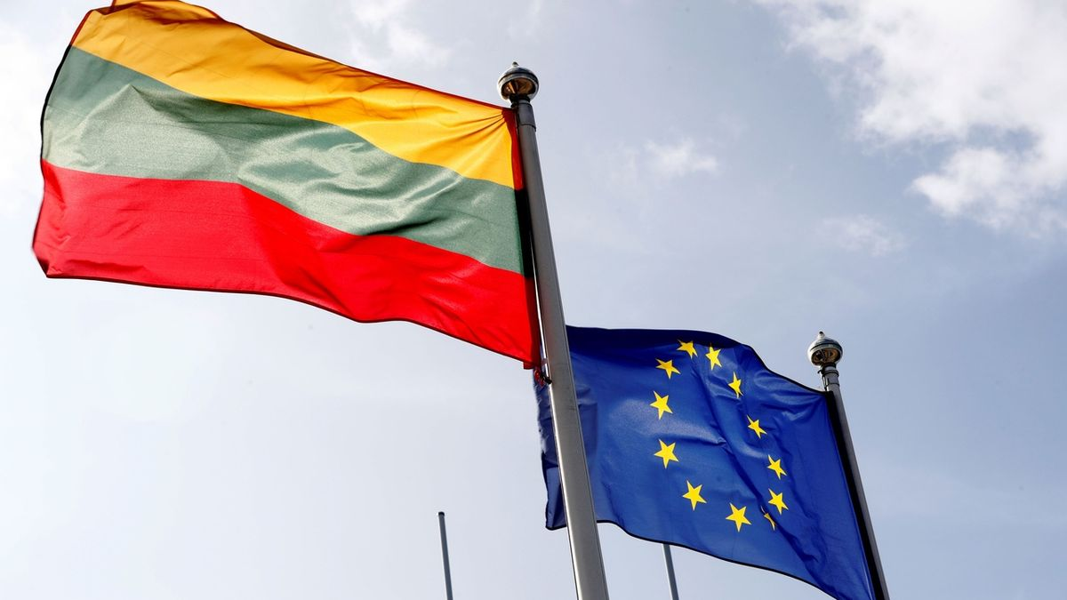 Pobaltské země ze solidarity k Česku vyhošťují čtyři ruské diplomaty