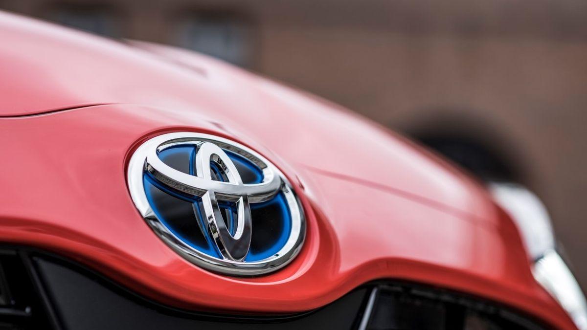 Toyota předstihla Volkswagen, loni prodala nejvíc aut na světě