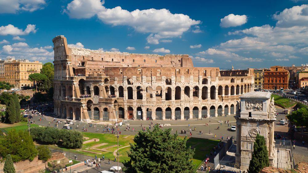 Turista zbytečně poničil ikonickou římskou památku, nyní mu hrozí vězení