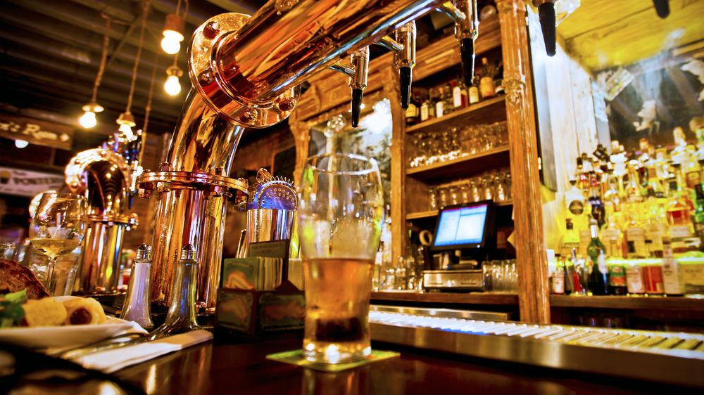 Jedno jediné pivo stálo důchodce stejně jako ojeté auto