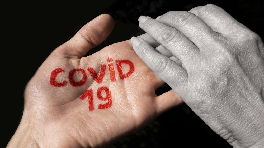 Kontaktní přenos u koronaviru je vysoký