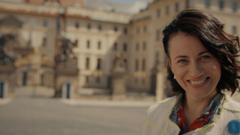 Dáša Zázvůrková má v klipu Dagmar Havlovou, Jitku Molavcovou a další ženy svého života