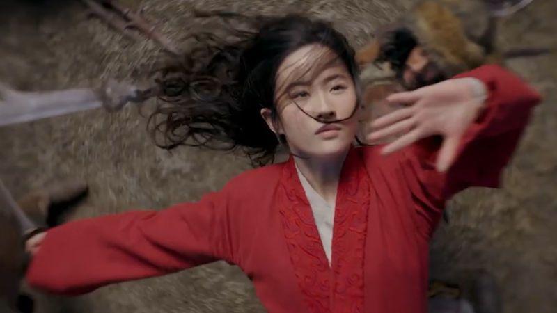 Bojkotujte disneyovku Mulan, podlézá Pekingu, zní z Asie