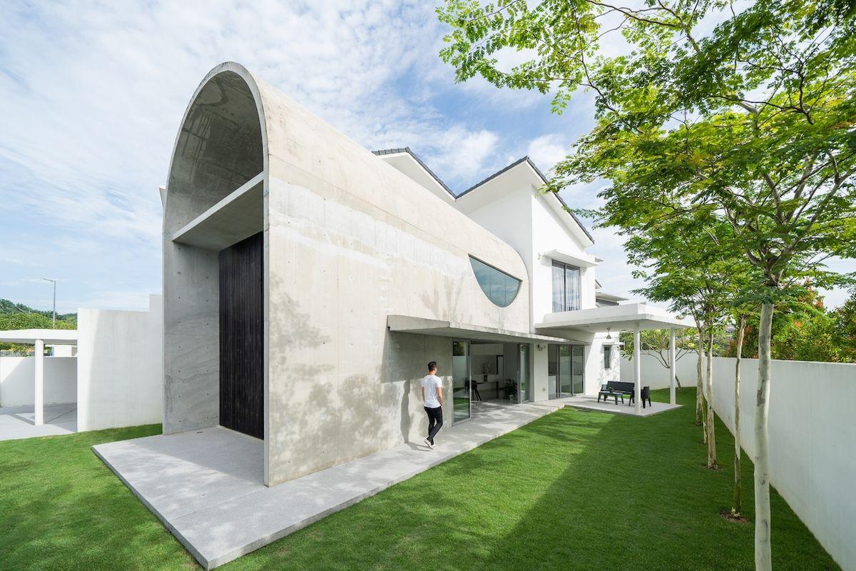 Architekt vymyslel pro dům zajímavou přístavbu ve tvaru tunelu.