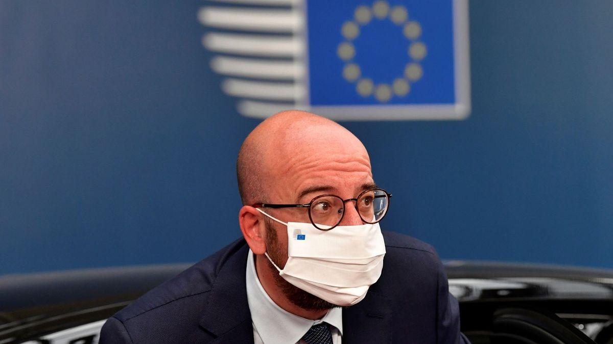 Patenty na výrobu vakcín se uvolňovat nebudou, zarazila nápad Evropská unie