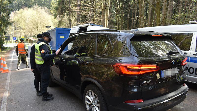 Při vstupu do Německa bude nutné prokázat bezinfekčnost