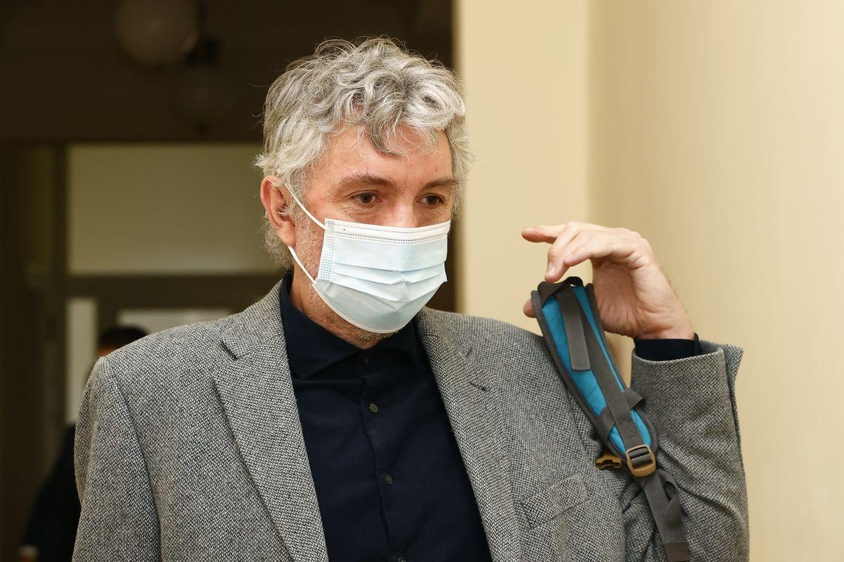 Obžalovaný neurolog Martin Tomášek u soudu.
