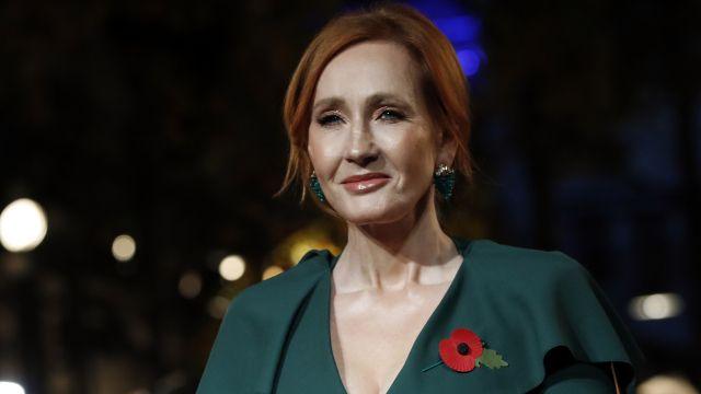 Rowlingová opět dětem