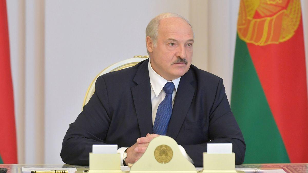 Proti Lukašenkovi jen bubnoval. Odsedí si to
