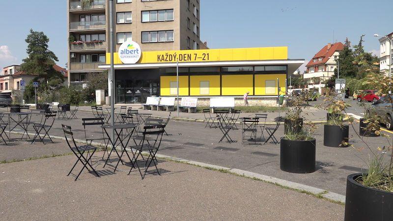 Na pražských Malvazinkách vznikla odpočinková zóna. Posedět v ní ale nikdo nechce