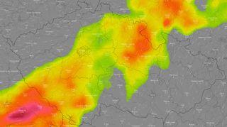 Česko zasáhnou silné bouřky s krupobitím, varovali meteorologové